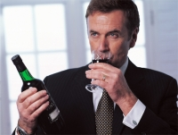 Что вреднее пиво или водка для печени - Медицинский справочник