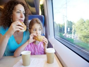 Еда в поезде. Как вкусно и безопасно обедать в дороге ...