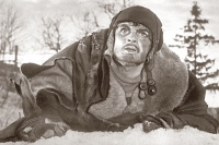 «Он, Алексей Маресьев, совестливый мужик был». Кадр из фильма «Повесть о настоящем человеке».