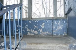 В Челябинской области парень умер в мусоропроводе