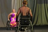 Татьяна Пименова и Владимир Смоляр - обладатели Кубка континента по танцам на колясках.