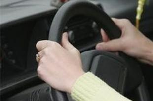 Челябинский водитель сбил мужчину с четырехлетней дочерью на «зебре»