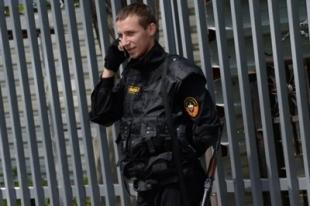 Челябинский охранник психоневрологической больницы избил полицейского