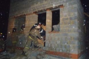 В Челябинске рухнул строящийся дом. Под завалами остаются три человека
