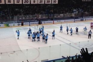 Хоккей: две шайбы Энлунда принесли победу «Сибири»