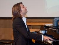 Дмитрий Маликов провёл в Омске мастер-класс для детей.