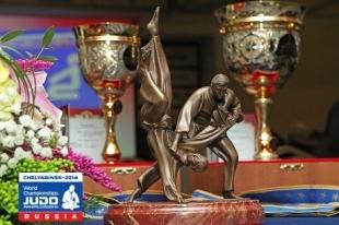 Центробанк выпустит к чемпионату мира по дзюдо в Челябинске новые монеты