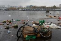 Территория закрывшегося рынка при овощебазе «Новые Черемушки» в Бирюлево.
