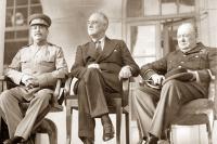 И. В. Сталин, Ф. Д. Рузвельт и У. Черчилль в Тегеране