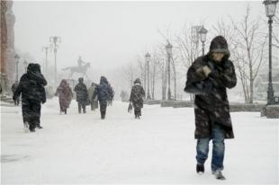 В Челябинске сегодня метель, на дорогах гололедица