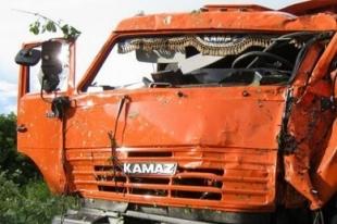 Два грузовика столкнулись в Челябинской области