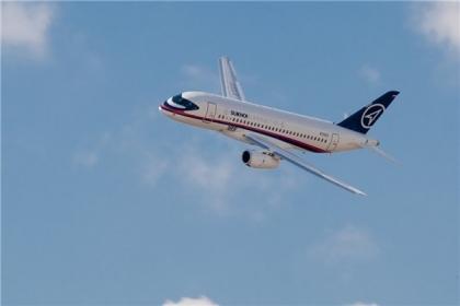 Росавиация проверит причины вынужденной посадки Superjet в Челябинске