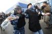«Пикет против наглой лжи на НТВ»  состоялся после показа фильма «Анатомия протеста», в котором организаторов митингов «За честные выборы» обвиняют в подкупе участников акций протеста.