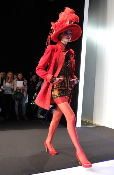 В Неделе моды также примут участие сын кутюрье Егор Зайцев и внучка Маруся Зайцева.