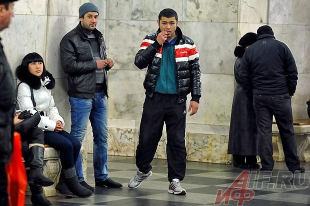 Филиалы подземной «биржи труда» открылись на большинстве кольцевых станций: «Курской», «Проспекте Мира», «Таганской», «Новослободской».