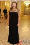 Актриса Ирина Пегова вместе с президентом фестиваля Георгием Тараторкиным вручала почетные премии «За выдающий вклад в развитие театрального искусства».
