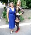 17-летняя Анастасия Фоменко, прославившаяся благодаря своему откровенному выпускному наряду