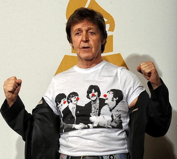 После распада The Beatles Пол Маккартни собрал новую группу – Wings. «Идея была в том, чтобы собрать вместе друзей, взять фургон и просто создать группу», - говорил позже сам Маккартни.