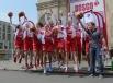 Игроки женской сборной России по баскетболу и главный тренер женской сборной России по баскетболу Борис Соколовский