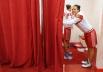 Игроки женской сборной России по баскетболу Елена Данилочкина и Наталья Жедик