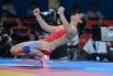 Российская спортсменка Наталья Воробьева радуется победе в финальном поединке со спортсменкой из Болгарии Станкой Златевой Христовой на соревнованиях по вольной борьбе среди женщин в весовой категории до 72 кг на Олимпийских играх 2012 года в Лондоне.