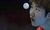 Спортсменка сборной Китая Дин Нин в матче полуфинала женских сборных по настольному теннису между сборными командами Китая и Южной Кореи на ХХХ летних Олимпийских играх в Лондоне.