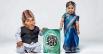 18-летняя студентка из Индии Джиоти Амге была занесена в Книгу рекордов Гиннеса как самая маленькая женщина из ныне живущих. Ее рост составляет всего 62.8 см.  А самым маленьким мужчиной в мире среди ныне живущих является 72-летний Чандра Бахадур Данг