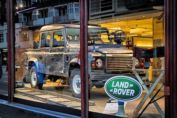 Land Rover Defender 110 Double Cab Pick Up  в