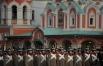 Участники торжественного марша, посвященного 71-й годовщине Парада 1941 года, на Красной площади.