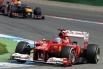 В первой части сезона Алонсо удалось выиграть три гонки и держаться впереди Red Bull, но к концу чемпионата Ferrari вынуждена была уступить