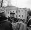 Поэт Евгений Евтушенко (в центре) снимает фильм по собственному сценарию