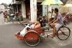 Типичный аззатский велорикша