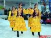 Торжество продолжается национальными танцами, песнями и игрой на гармони.