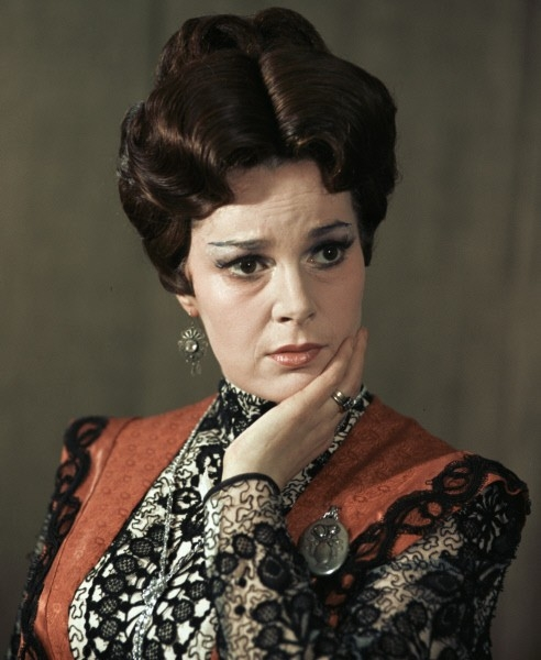 Элина Быстрицкая впьесе «Старик» 1970г.