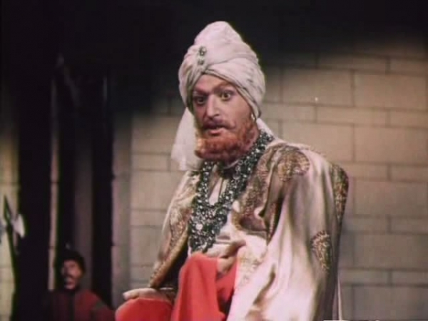 В кино дебютной для Этуша стала роль Сеида-Али в исторической картине «Адмирал Ушаков» (1953).
