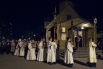 Крестный ход во время пасхального богослужения в Церкви Святителя Петра Митрополита Московского в Санкт-Петербурге.