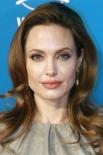 2006 г. Анджелина Джоли