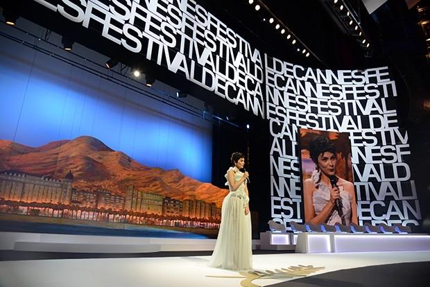 Церемонию открытия фестиваля вела французская актриса Одри Тоту