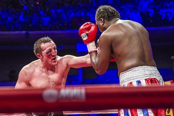 Бой за титул чемпиона по версии WBA между Гильермо Джонсом и Денисом Лебедевым