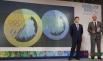 Заместитель председателя правительства РФ Дмитрий Козак (слева) и глава оргкомитета «Сочи-2014» Дмитрий Чернышенко на презентации медалей XXII зимних Олимпийских и XI Паралимпийских зимних игр 2014