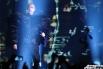На сцене во время концерта присутствовали только четыре человека — участники дуэта и два танцора.