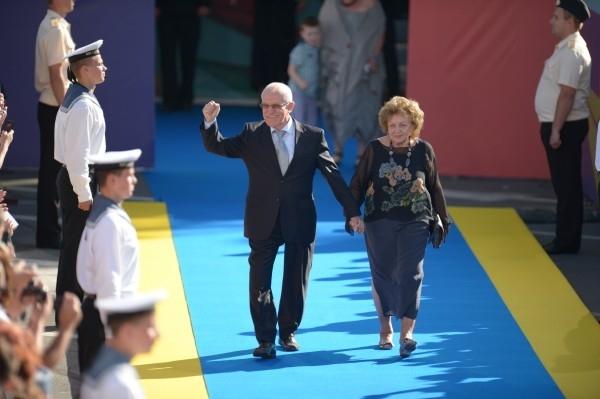 Председатель жюри, кинорежиссер Александр Митта с супругой Лилией