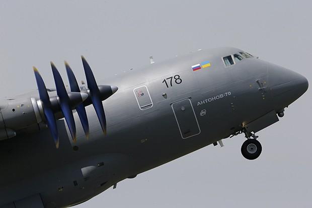 Ан-70 — среднемагистральный грузовой (оперативно-тактический, военно-транспортный) самолёт нового поколения, разработанный АНТК «Антонов». Первый полёт Ан-70 состоялся 16 декабря 1994 года в Киеве.
