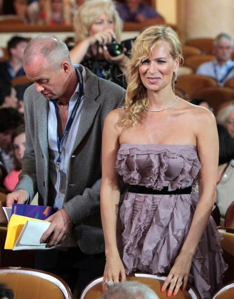 Актриса Олеся Судзиловская с мужем Сергеем Дзебань
