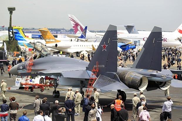 По словам разработчиков, Су-35С сложно обнаружить на радарах благодаря применению в конструкции композитных материалов.