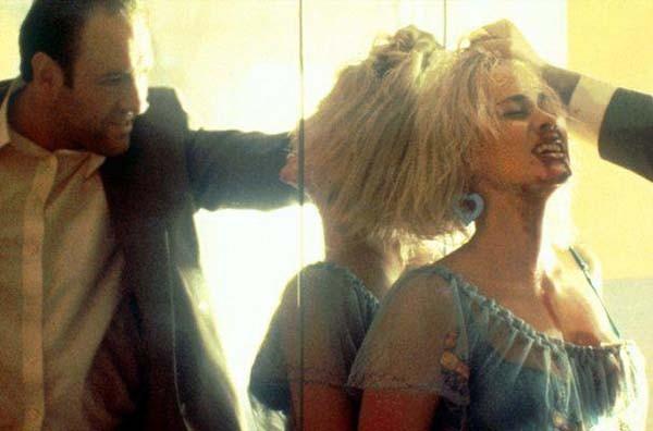 Кадр из фильма: «Настоящая любовь (1993)»