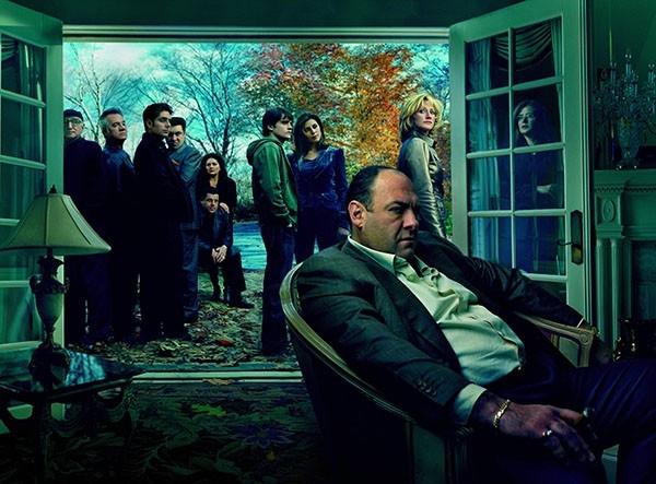 Кадр из фильма: «Клан Сопрано (1999—2007)»  Съемки шести сезонов сериала проходили в период с 1999 по 2007 года.