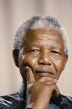 2009.    В 2001 году у Манделы диагностировали рак, он прошел курс лечения. Из-за того, что в  последние годы он редко появлялся на публике, ходили слухи о его болезни и смерти. Так, в 2004 году CNN на своем сайте случайно выпустила некролог. В 2012 год