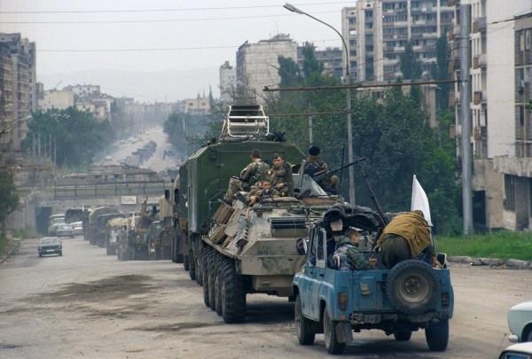 Чеченский конфликт 1994-1996 годов. Вывод российских федеральных войск из Грозного.  1996