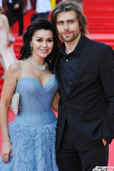 Актриса Анастасия Заворотнюк с мужем Петром Чернышевым